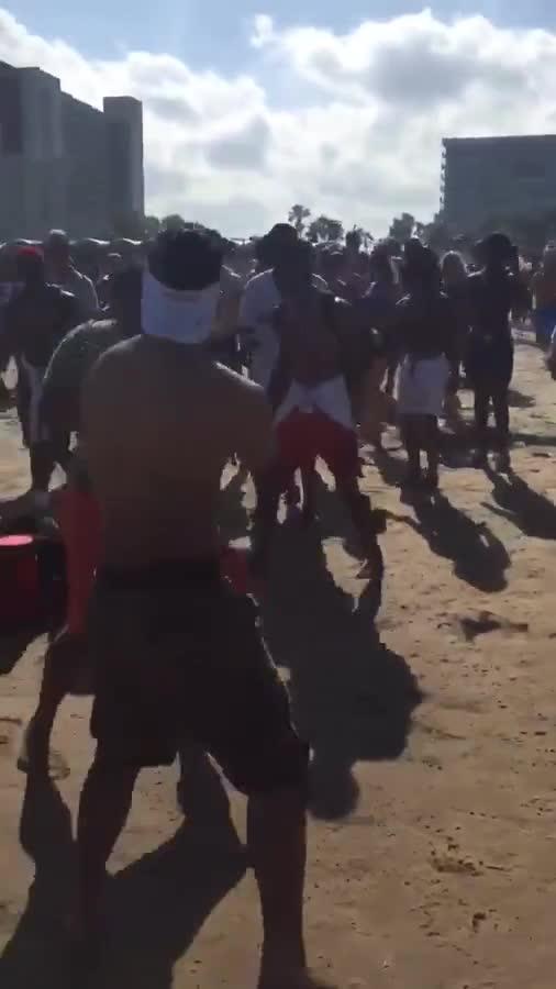 Basically thanos vs hulk fight. .. That guy was fighting everybody