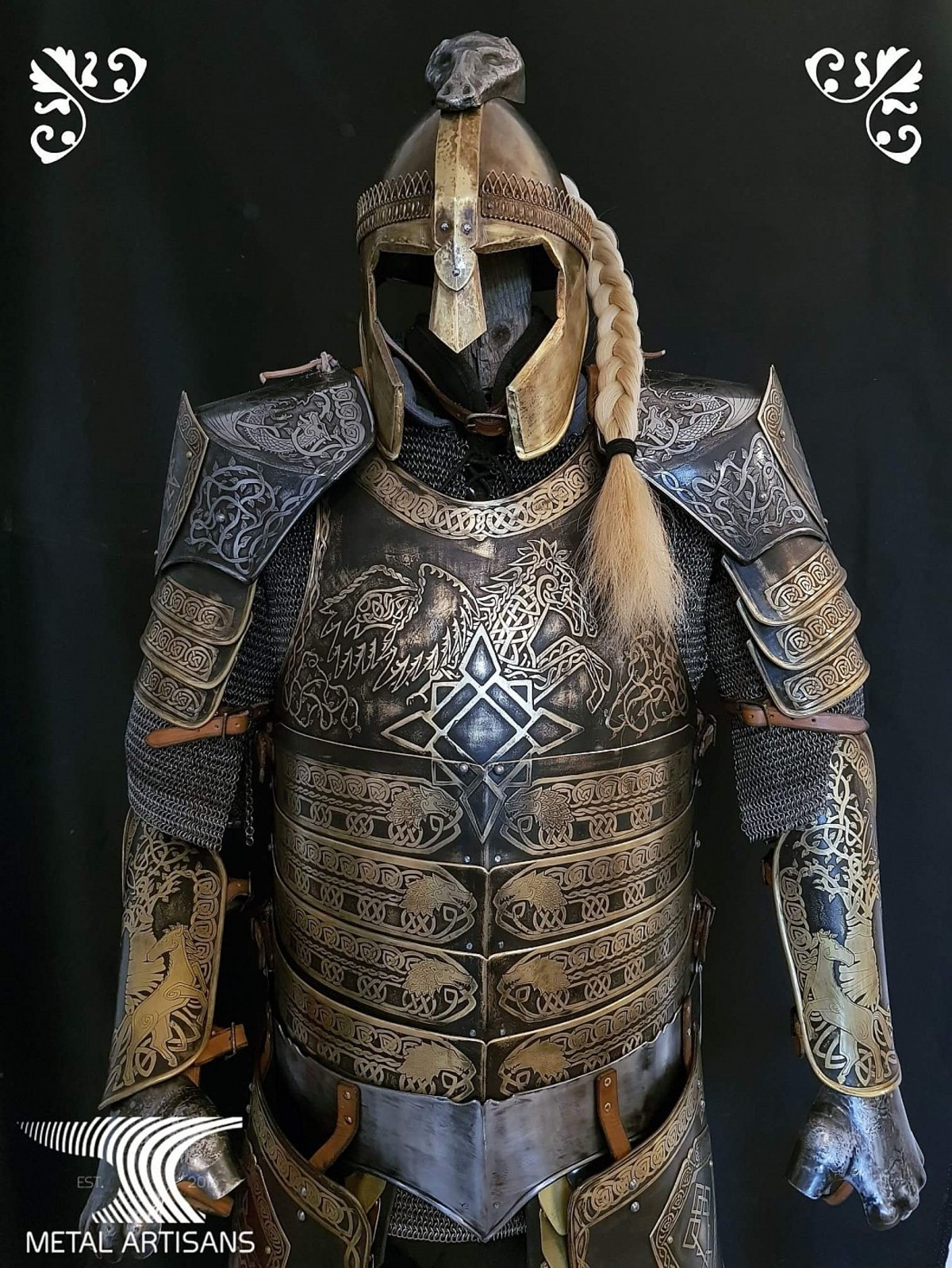 beautiful armor. join list: StabbingTime (527 subs)Mention History join list:. Isn't that just Theoden's armor
