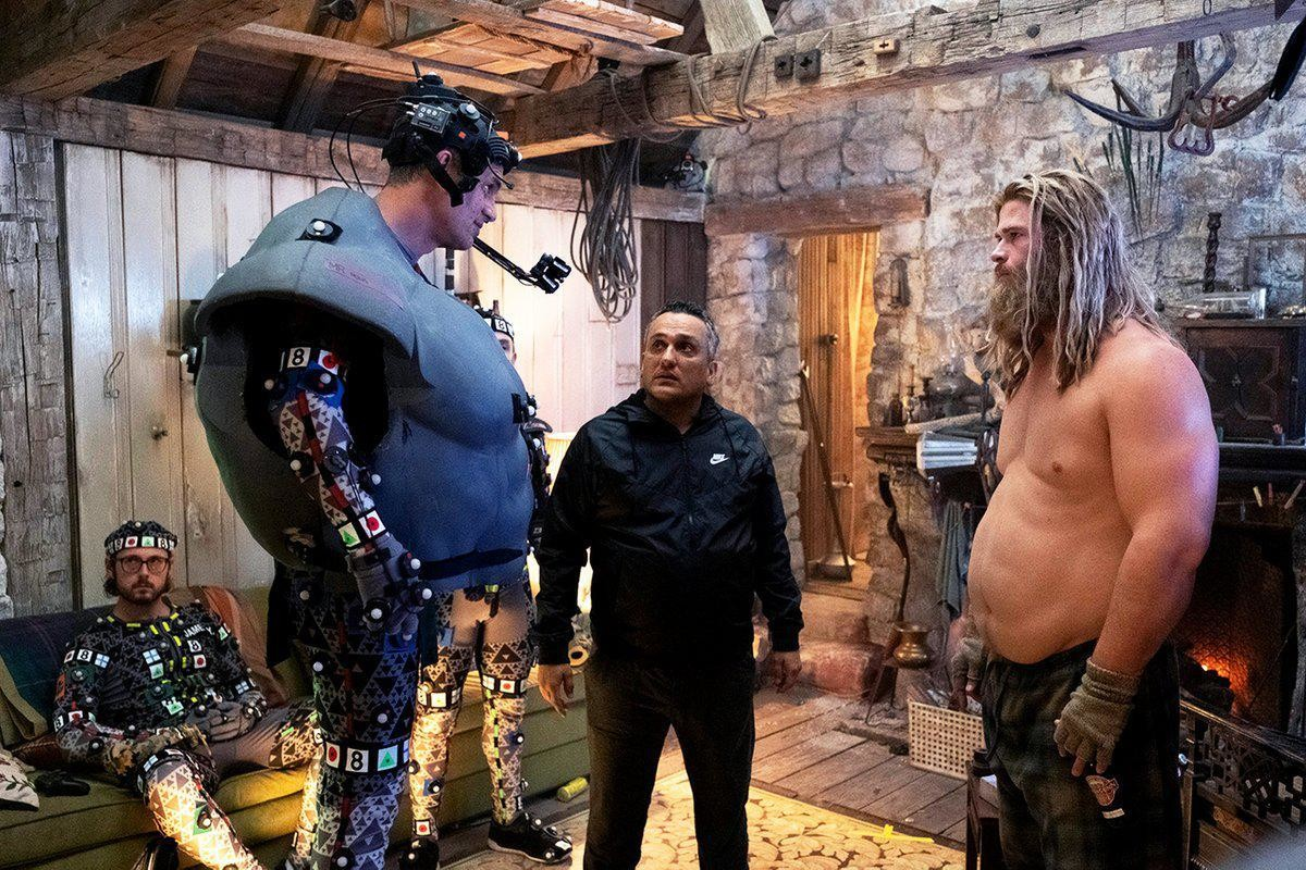 Behind the scenes of Avengers Endgame. .. did thor really got fat?