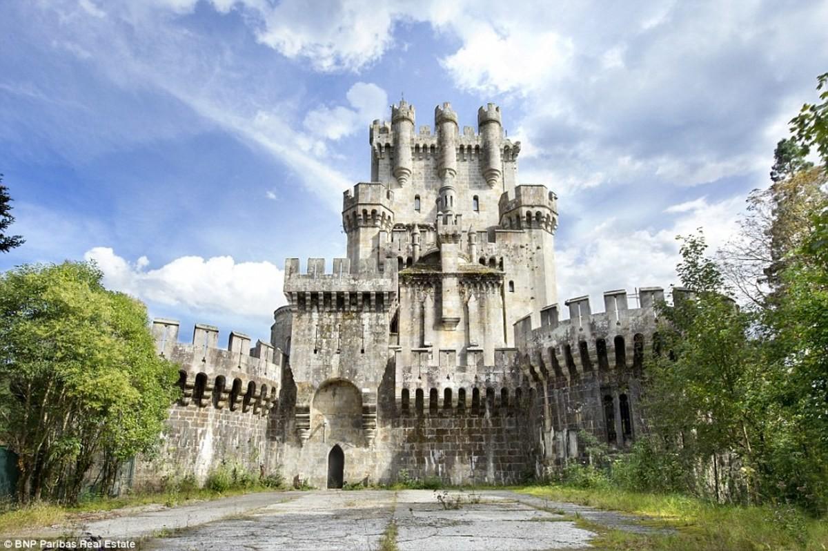 Butrón Castle (Gatika, Spain). .. join list: AwesomeArchitectureMention History
