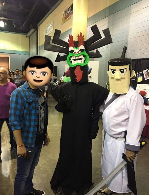 Comic con PR 2017. so I found Aku and Jack hanging out at Comic Con 2017 PR ... Whose the dumb enough to be an emoji?