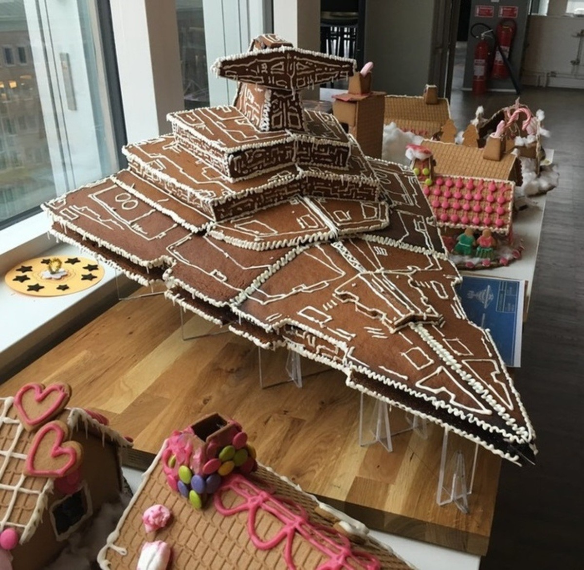 Gingerbread Star Destroyer. .. where the shield generators at tho