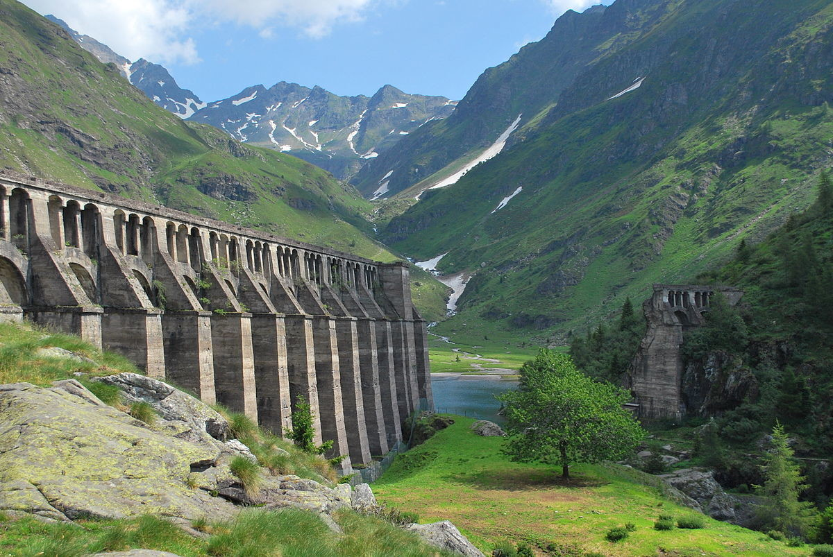 Gleno Dam (Valminore di Scalve, Italy). .. From Wikipedia, 40 days after the damn was completed in 1923, the structure failed and released 4,500,000 cubic meters water. The resulting tsunami killed 356 p