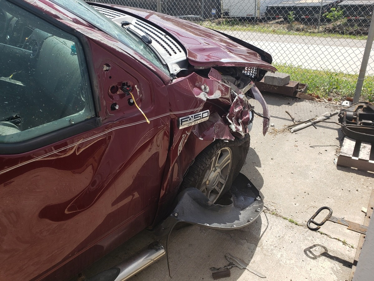 Got in my first car accident yesterday.. Made it 32 years with no accidents. Might as well go big for the first one right?.. >32 >legal age people are allowed to drive is 16 We got some old fags on hereComment edited at .