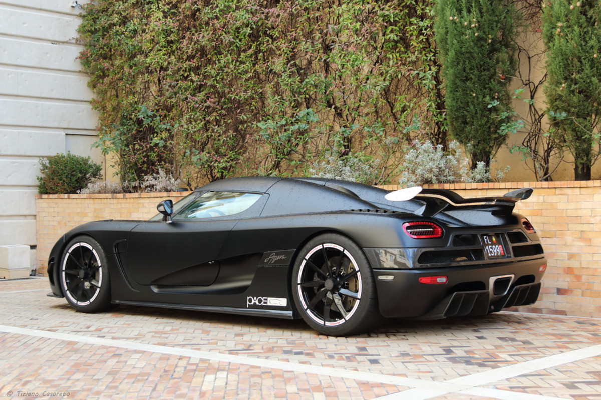 Koesegg Agera X. .. Curse areodynamics and physics for limiting what ultra cars look like. Still cool though.