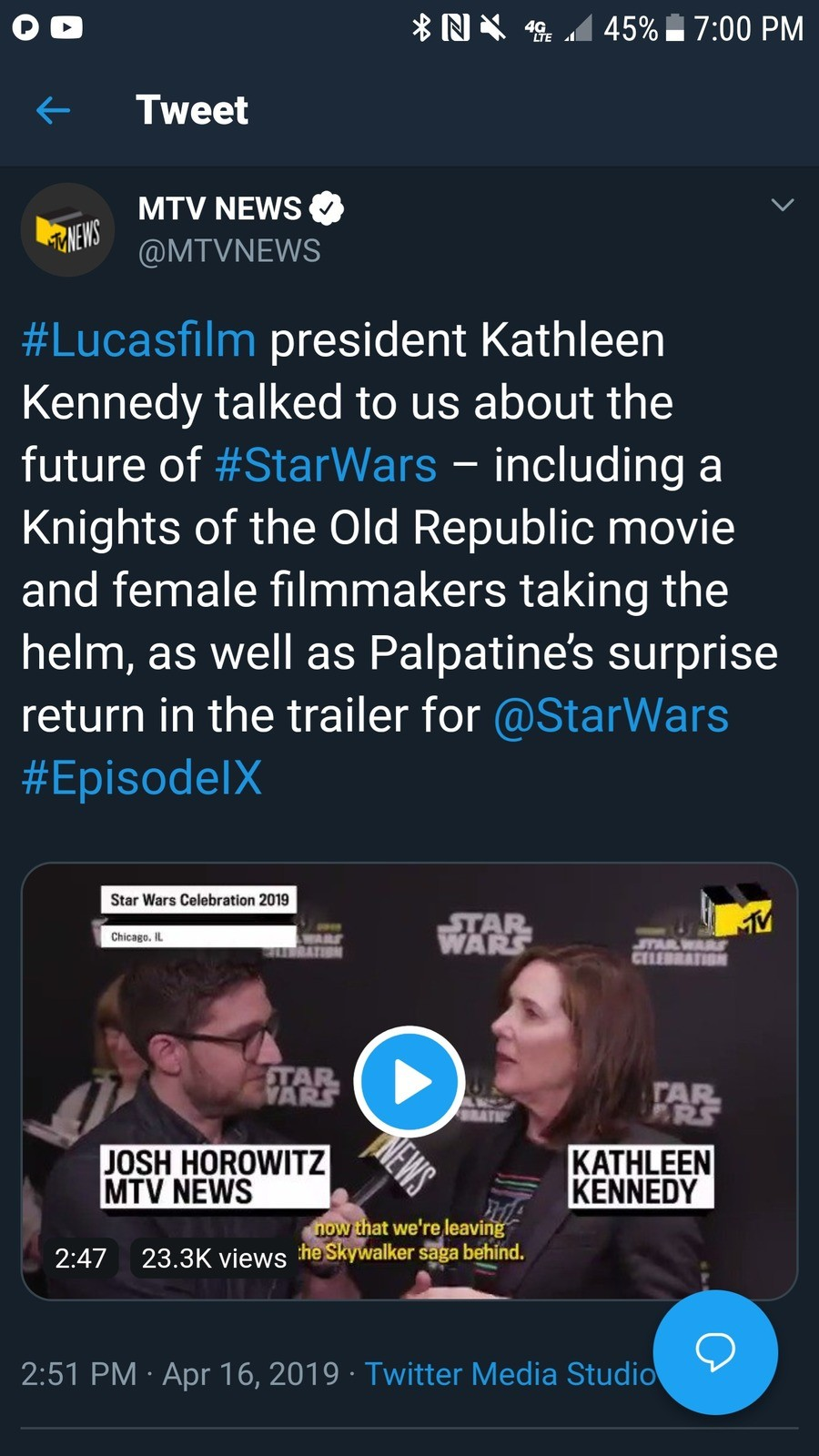 NO,NO NO ING NO. KEEP YOUR FILTHY HANDS OFF OF THE OLD REPUBLIC, DISNEY!.. >Disney Star Wars movie >Video game movie >Made by women I'd rather rewatch Pixels than subject myself to this.