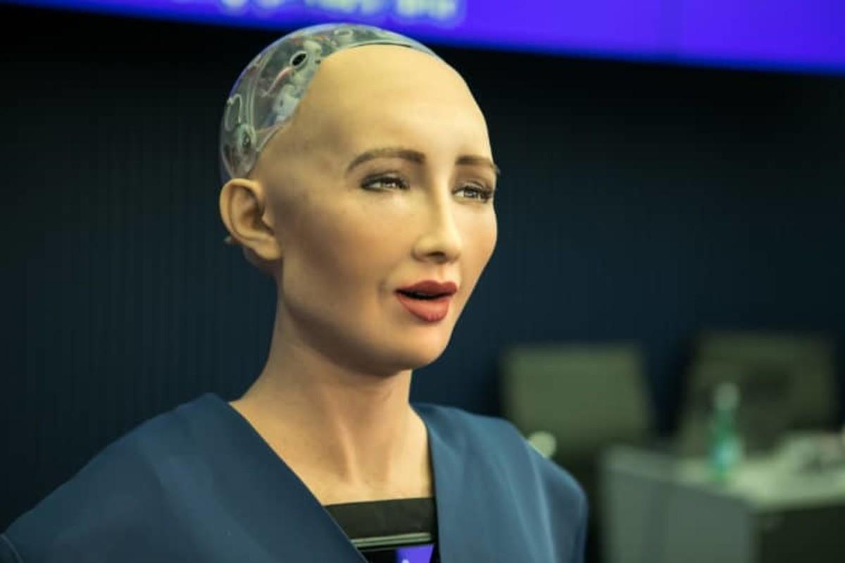 Saudi Arabia beheads first female robot citizen. https://www.duffelblog.com/2017/11/saudi-arabia-beheads-first-female-robot-citizen/ RIYADH, Saudi Arabia — The