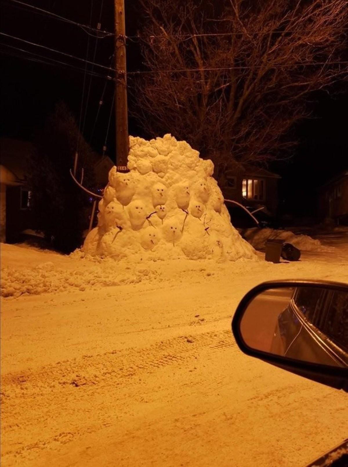 Snowmen. .. >>#5, >>#2,