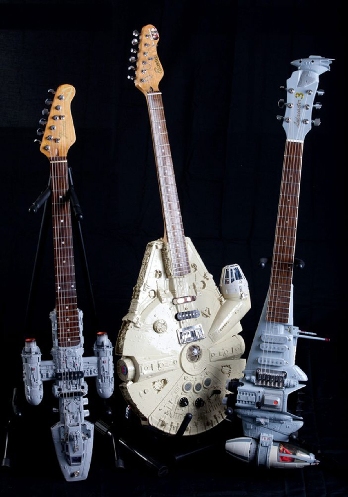 Star Wars Guitars. Best Pun in the Comments Wins... Inb4 we have found the rebel bass