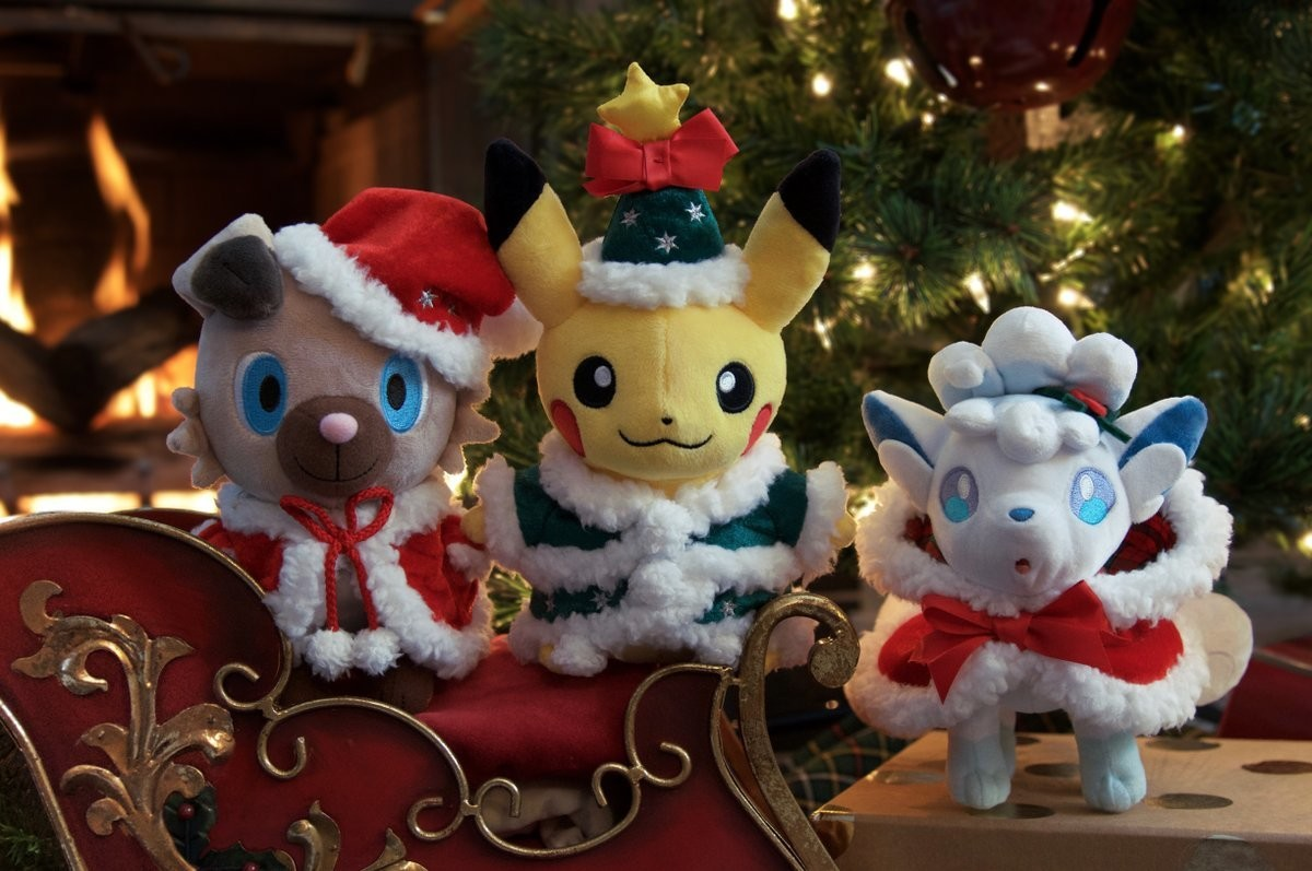The 2017 Christmas plushes and pins are available in the US now. https://www.pokemoncenter.com/winter-tree-holiday?utmsource=tw&utmmedium=social&utm_ter