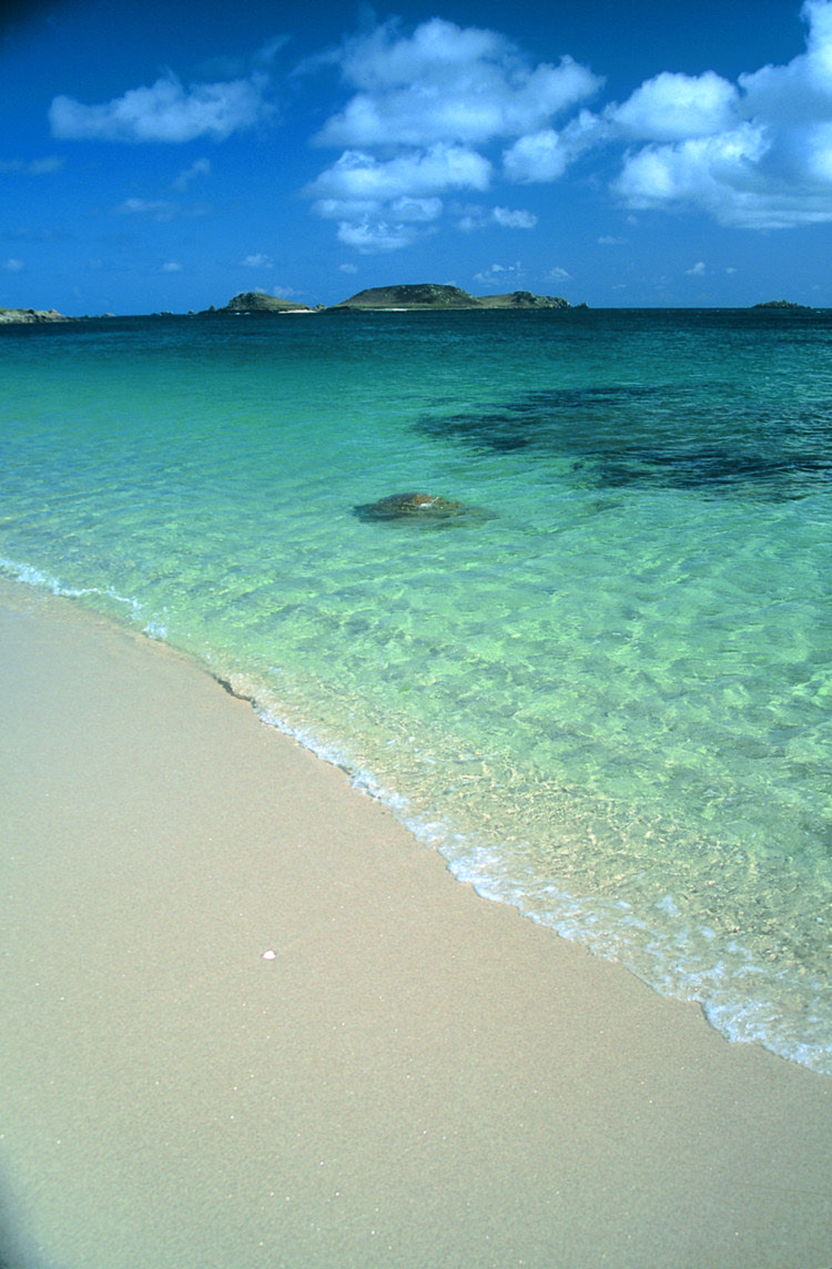 The Caribbean? Nope, it's the Isles of Scilly in England. .. i want it in my back yard