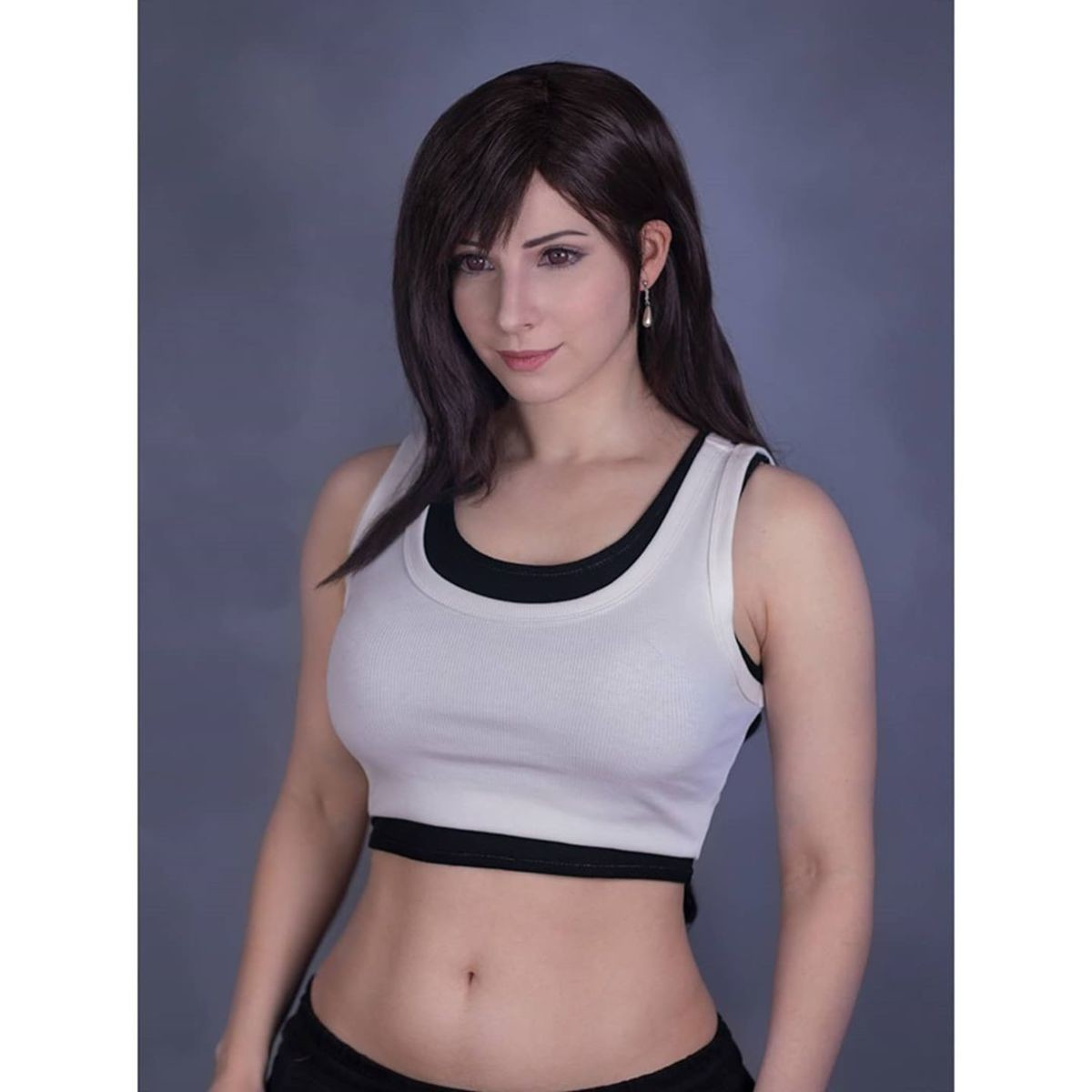 Tifa Lockhart by Enji ht. .. For a moment I thought this was from the same source as that 3d one where she makes her own boobs bigger